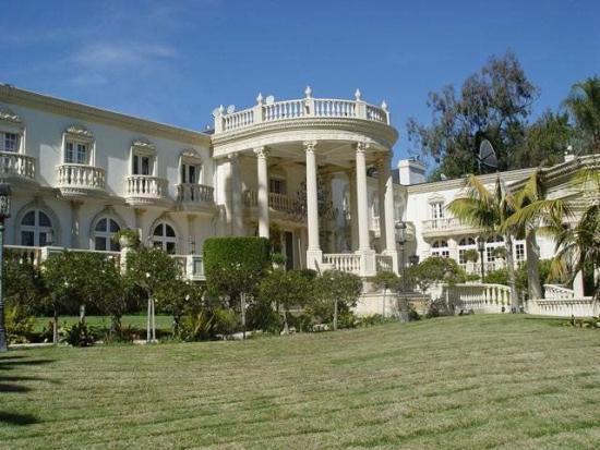 Shahrukh Khan Estates and Homes