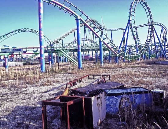 Six Flags Abandoned Amusement Parks